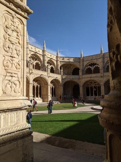 Cloister at Jerónimos Monastery